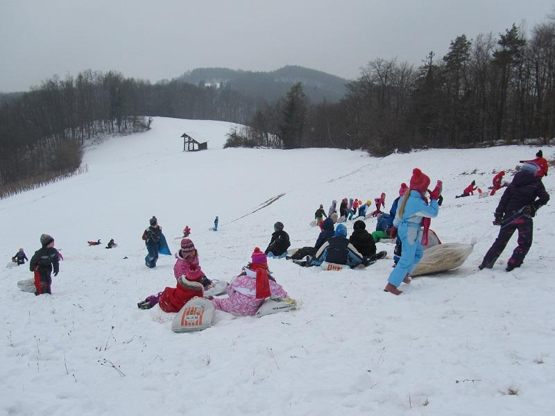 igre-na-snegu-6